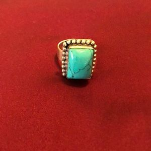 💥💥💥Awesome Turquoise set in Sterling Silver.
